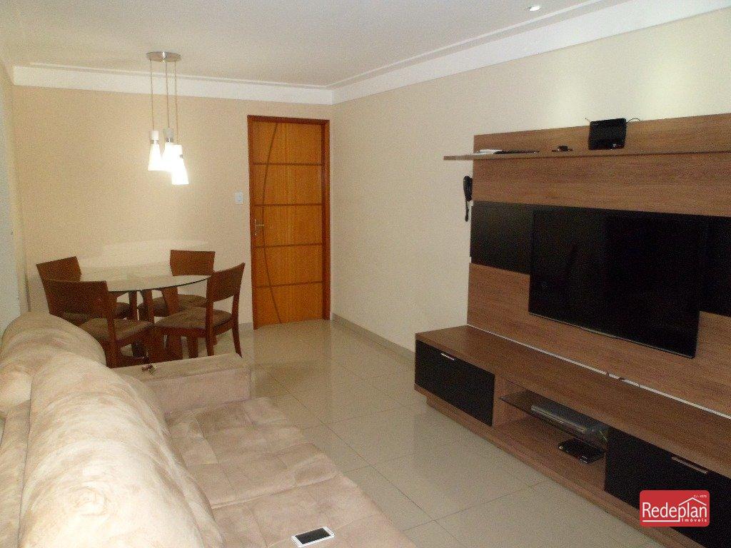 Sala 2 ambientes (iluminação, gesso, painel)